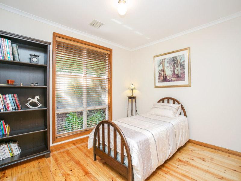 背景墙 房间 家居 起居室 设计 书房 卧室 卧室装修 现代 装修 800图片