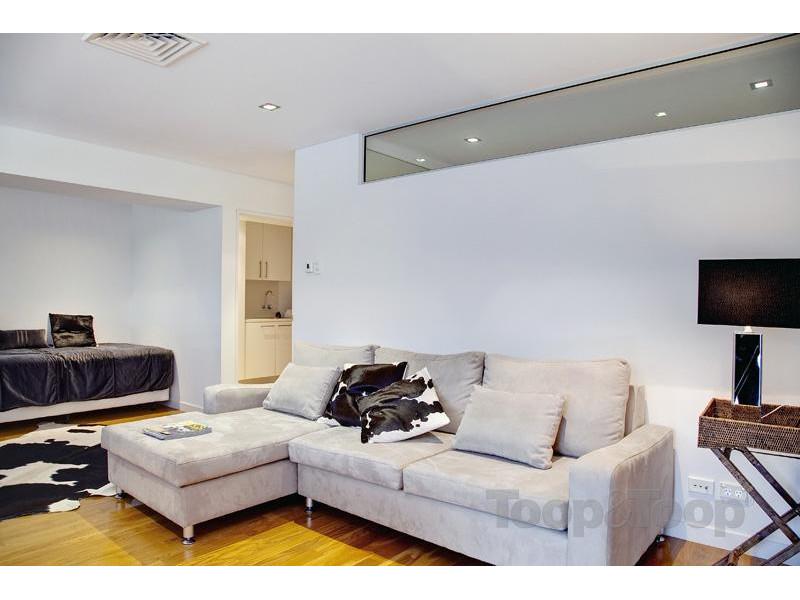 两间两层楼房室内设计图展示